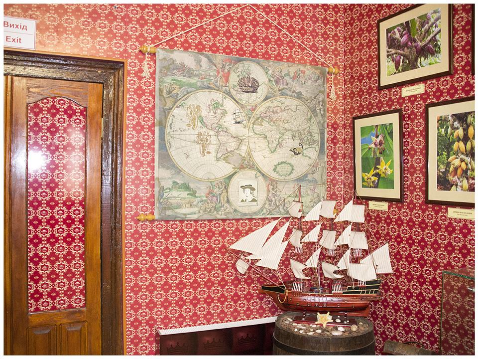 Дизайн интерьера, музей шоколада, брендирование стен, стенды, стеллажи